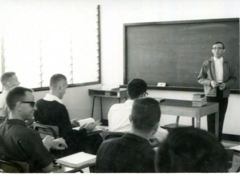 早期上課情況(1967-1968學年度).jpg